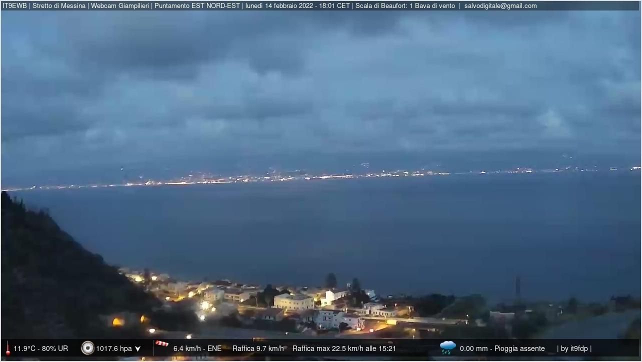 Stretto di Messina. Vista Giampilieri.
